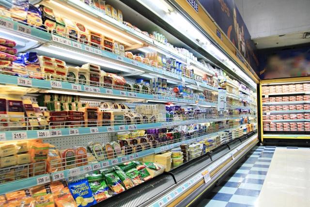 スーパーの売り場写真
