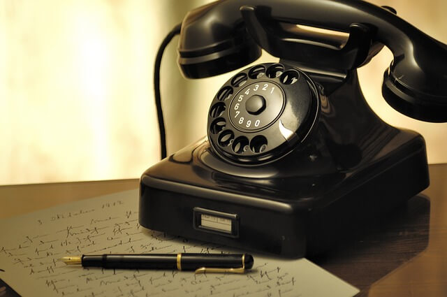 黒電話の写真