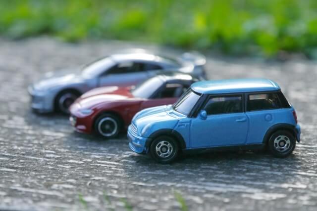 自動車の模型